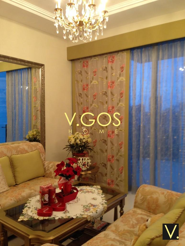 Flat side panel with day curtain, cushion curtain pelmet